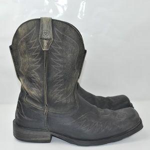 Ariat 13 black distressed cowboy boots square toe